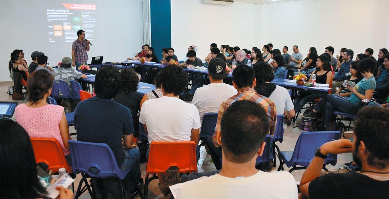 jEl programa. Varios jóvenes asistieron al curso de capacitación 'Cómo hacer un proyecto de serie animada' realizado por la SICyT y Pixelatl.