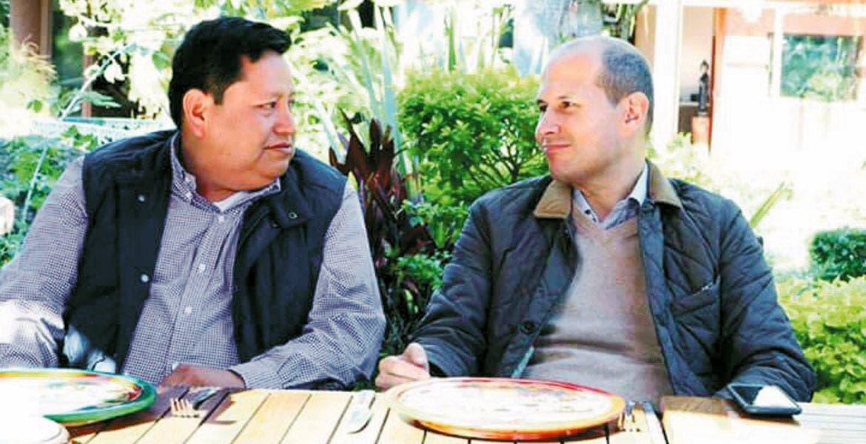Colaboran. El diputado local Jaime Álvarez agradeció a los comerciantes que sumen ideas y experiencia por el municipio.