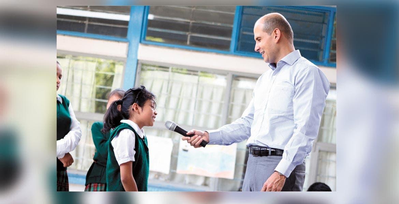 Programa. Jaime Álvarez recibió solicitudes para atender necesidades del plantel