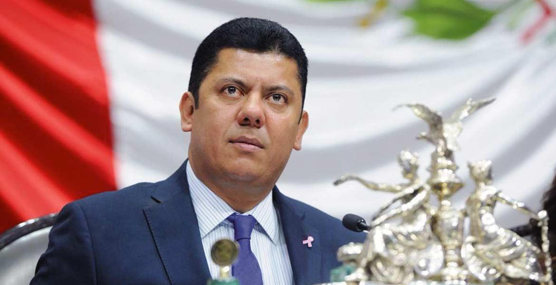Espacios. El presidente de la Cámara de Diputados, Javier Bolaños, presentará iniciativa el próximo jueves para dar más espacios a mujeres en cargos públicos.