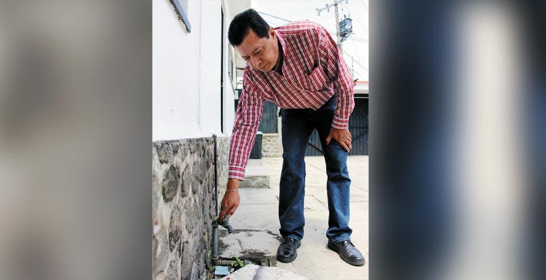 Ni gota. Vecinos piden a las autoriddes del SAPAC y al alcalde den pronta solución al problema de desabasto que los aqueja.