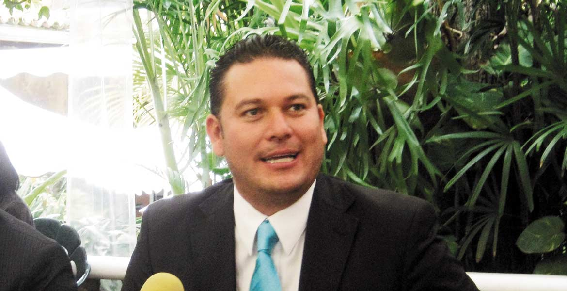 Julio Yáñez, diputado local