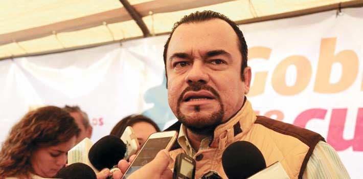 Julio Espín Navarrete, legislador perredista