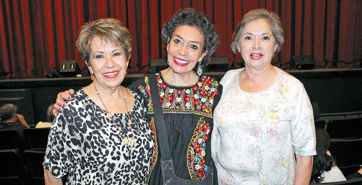 Mara Valle, Paty González y Lety Robles.