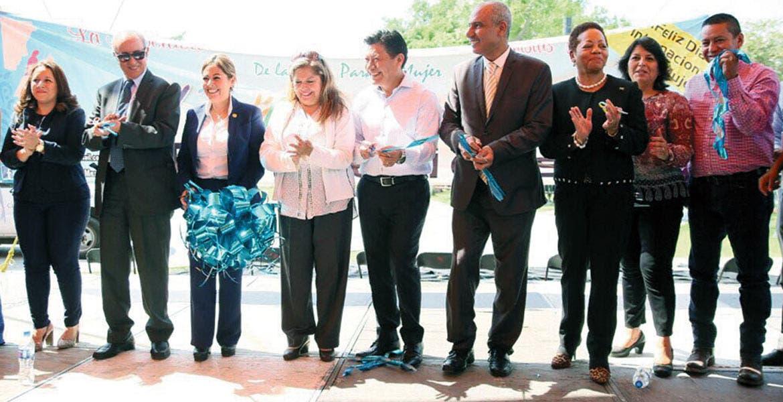 Evento. El secretario de Gobierno, Matías Quiroz, acudió a la XV Expo Mujer en el municipio de Cuautla.