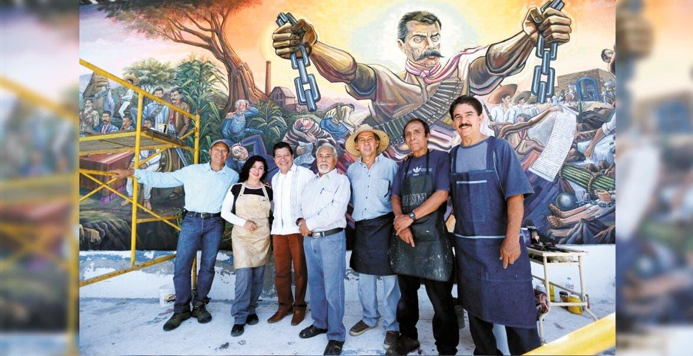 Visita. El secretario de Gobierno, Matías Quiroz Medina, acudió a la Casa Museo Emiliano Zapata para constatar el avance de la obra