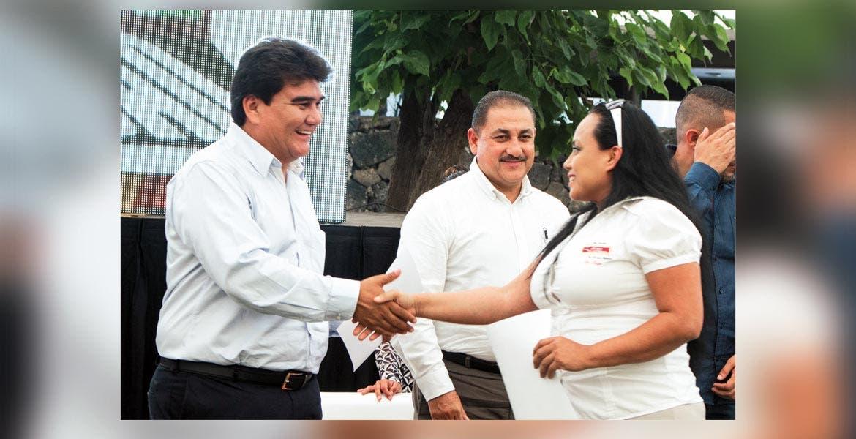 Señalamiento. Manolo Agüero criticó el rechazó de los diputados para aprobar el refinanciamiento de Jiutepec, el cual les hubiera ahorrado un millón de pesos mensual.