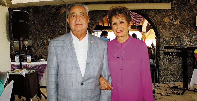 Mario Gamboa y Josefina Dávila