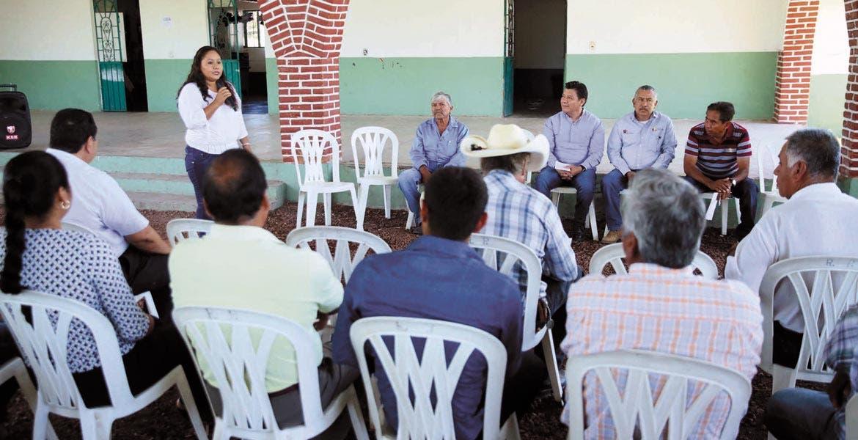 Sustanciosa. Los vecinos del poblado ubicado en el municipio Axochiapan hablaron acerca de lo que requieren para tener mejor calidad de vida ante las autoridades estatales