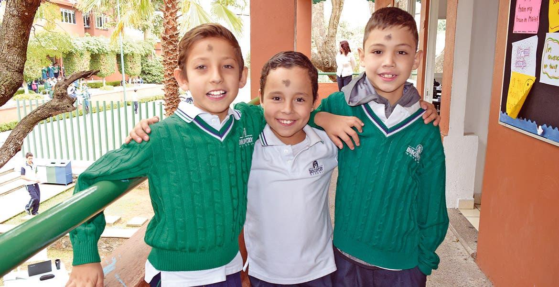 Emilio Elizondo, Emiliano Ponce y Manolo Abe.