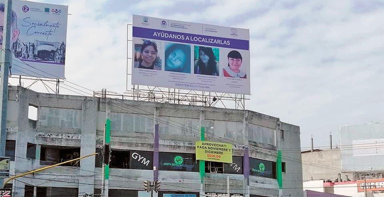 Montan en carteles fichas de desaparecidos en Morelos