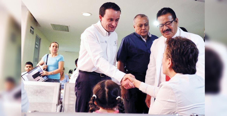 Actividades. El viernes pasado, el director del IMSS, Mikel Arriola Peñalosa, recorrió el hospital de Plan de Ayala para constatar las mejoras realizadas en la institución