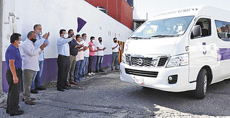 Dan batalla rutas a taxis colectivos en Morelos