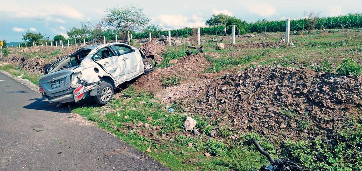 Pierden la vida panameño y su hijo en accidente en Morelos
