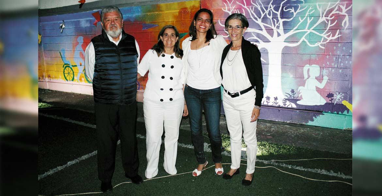 Enrique y Diana Ramos, Bárbara Finck y Carmen Señal.