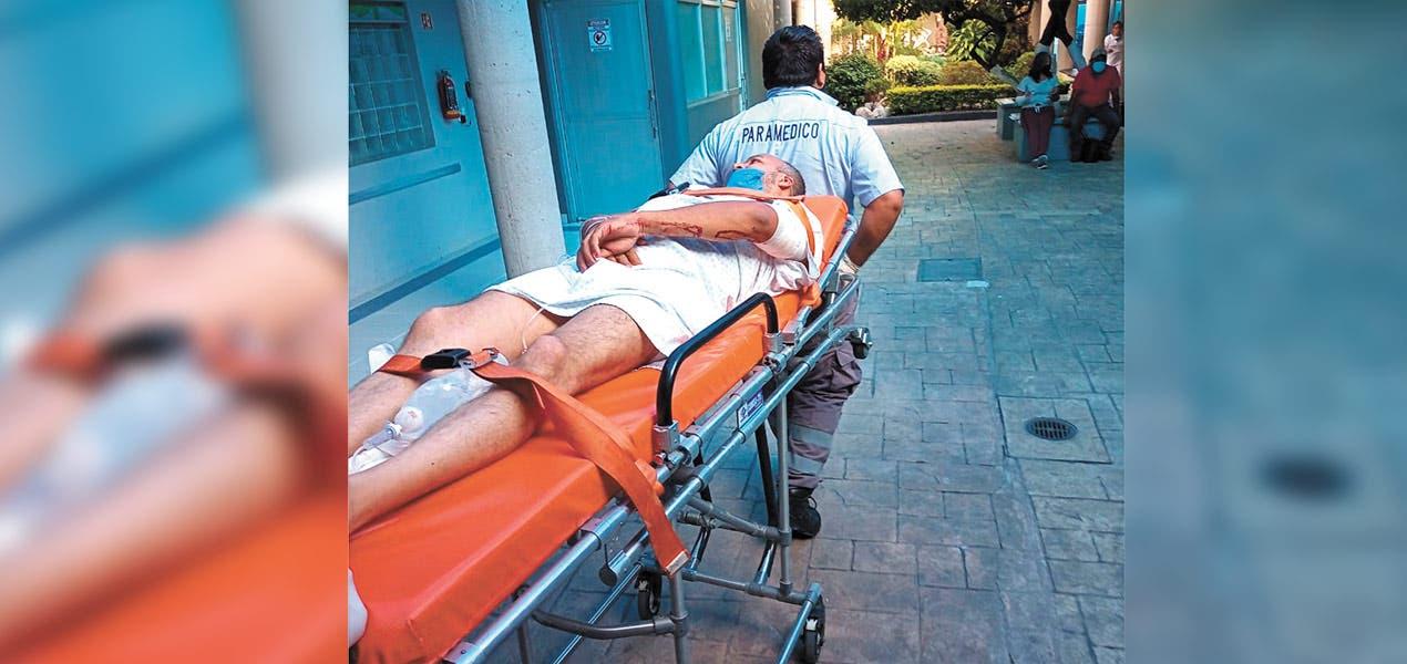 Disparan a jóvenes en su auto, uno muere en Morelos