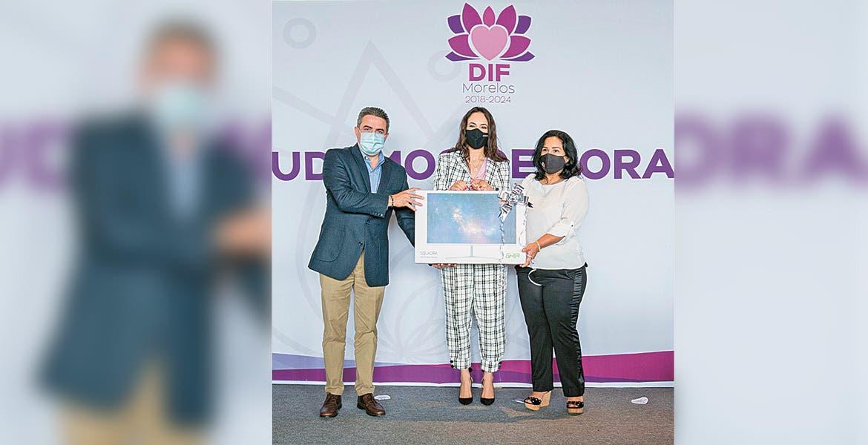 Equipan DIF y OXXO dos Casas de Día en Morelos