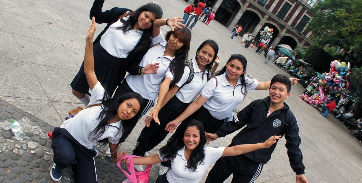 Apoyo. Los jóvenes que deseen estudiar en una institución fuera de Morelos podrán acceder a una beca por parte de la Secretaría de Educación Pública para costear el traslado.