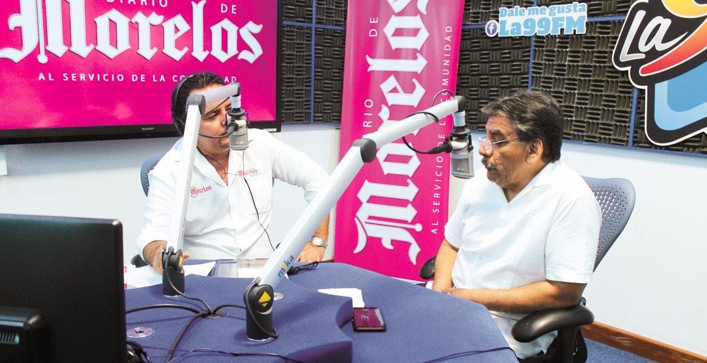 Cita. En su más reciente libro, Óscar Sergio Henández lleva al lector por el proceso democrático de los últimos 20 años, señala en entrevista en La 99, con Pablo Ribén Villalobos.