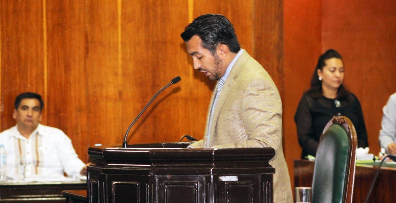 Observar. El diputado Francisco Santillán propuso profesionalizar la defensa de derechos humanos en municipios.