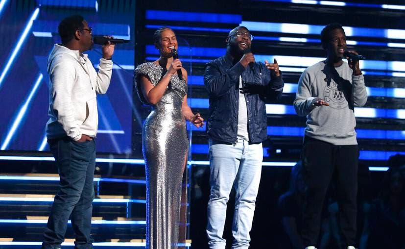 Premios Grammy rinden homenaje a Kobe Bryant