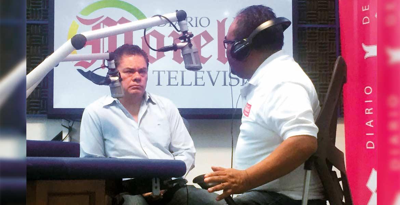 Objetivo. En entrevista con Justino Miranda, Rafael Reyes dice que trabajará para llevar beneficios a los pobladores de Jiutepec.