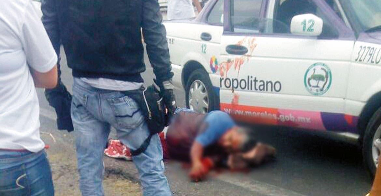 Deceso. Rosario Hernández Ocampo murió en el Hospital General de Tetecala, tras ser emboscado el domingo en un taxi.