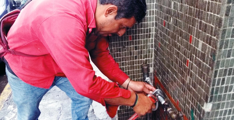 Confirman que huachicoleros contaminaron pozo de agua en Morelos