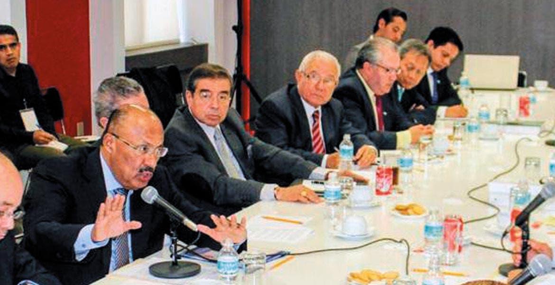 Reunión. El subsecretario de Gobierno, René Juárez, dijo a FAM que analizarán viabilidad de sus demandas