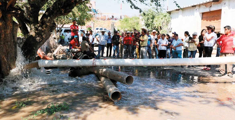 Obra. La capacidad del pozo es la dotación de agua de 40 litros por segundo, para el uso en cultivos de 115 ejidatarios del llamado Campo Chiquito.