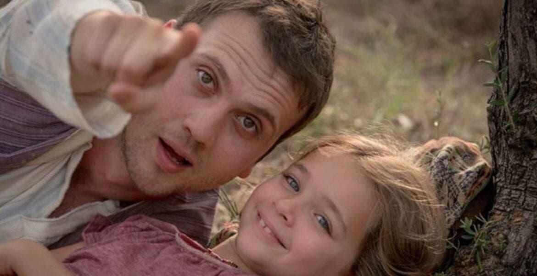 Si tiene mucho que no has llorado con una película, debes ver 'Milagro en la Celda 7'