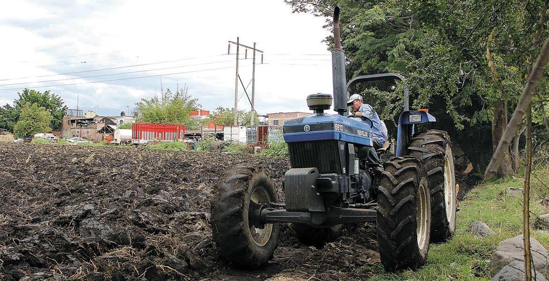 Mecánica. El subsidio consiste en que los productores morelenses recibirán hasta 3 pesos por cada litro de diésel que utilicen en el campo durante la operación de la maquinaria.