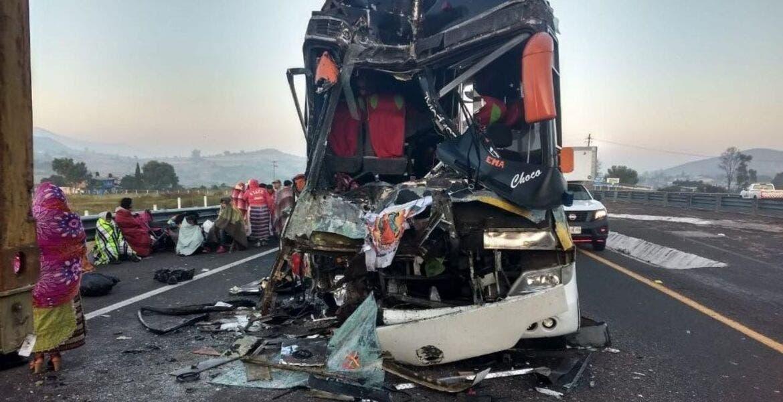 Terrible accidente sufrió autobús de peregrinos camino a la Basílica