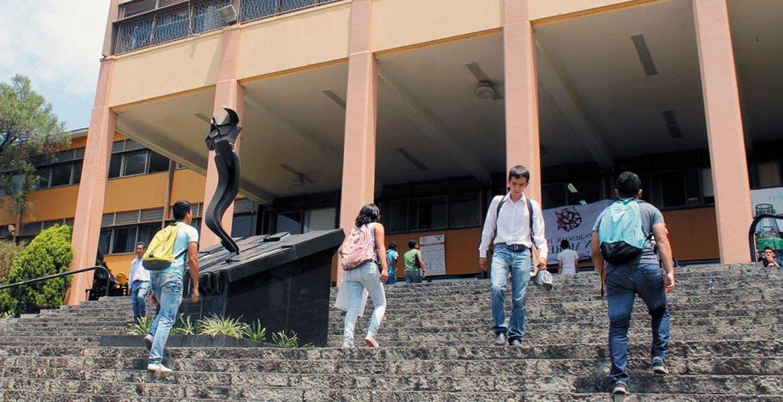 Aprueba Consejo Universitario terna para rector