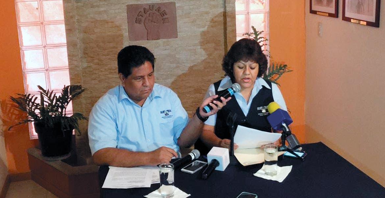 Conferencia. Virginia Paz Morales, secretaria general del STAUAEM, indicó que están retenidas 5 catorcenas, además de prestaciones contractuales
