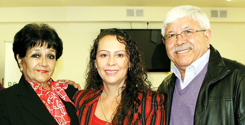 Graciela Dávalos, Graciela Hernández y César Salgado.