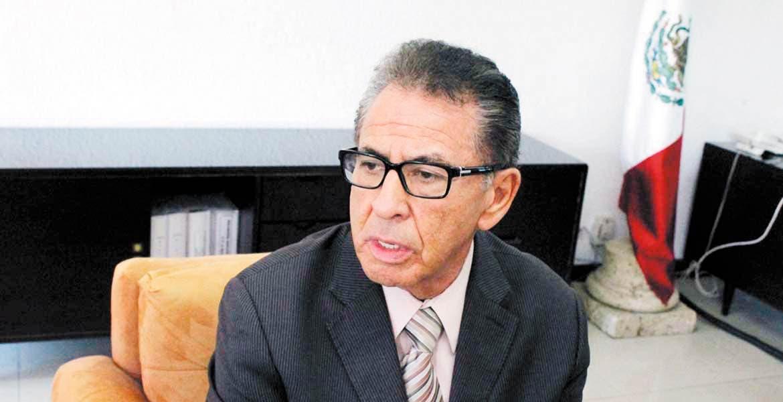 Calidad. Mejorar la atención y reducir los tiempos de espera son algunas de las premisas a resolver en el IMSS, según el delegado Víctor Manuel Vázquez Zárate.