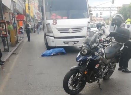 Mata Ruta 8 a un hombre en avenida Plan de Ayala, de Cuernavaca