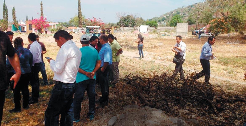 Inicia exhumaci n en fosa del pante n de jojutla diario for Cementerio jardin del mar