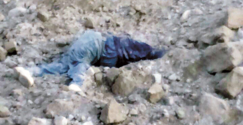 Accidente. Salvador Orihuela Amaro murió al caer de 30 metros, luego de que se desgajara la orilla de la mina de arena Palmira, ubicada en la colonia Lomas del Carril, de Temixco, cuando se encontraba supervisando la orilla.