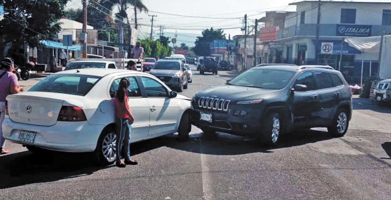Chocan mujeres en el centro de Jojutla Morelos