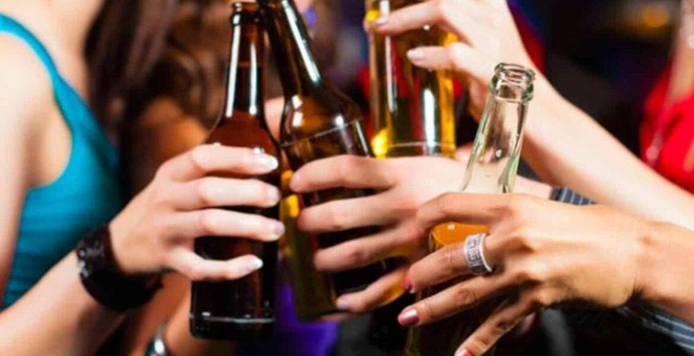 Mujeres, las que más consumen alcohol en Morelos