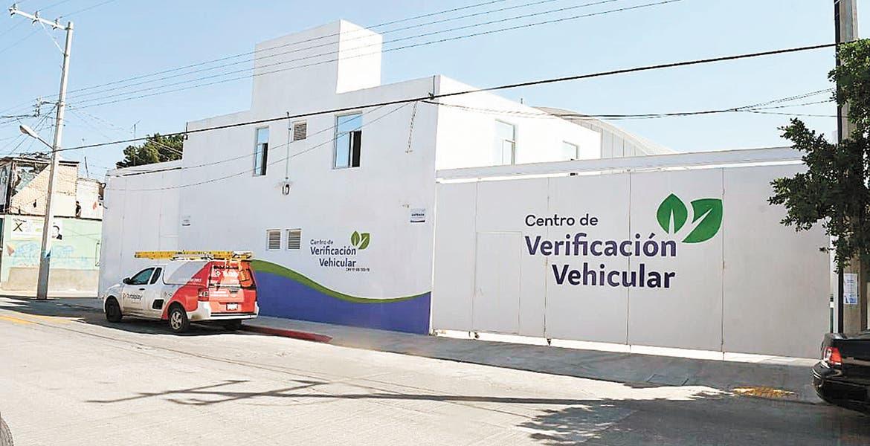 Frena falta de permisos municipales apertura de nuevos verificentros