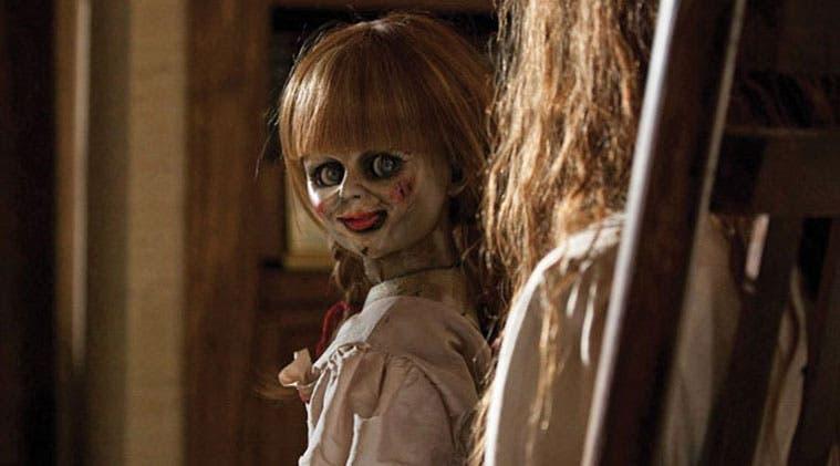 Mujer sufre ataque y parece poseída al ver la película de 'Annabelle'