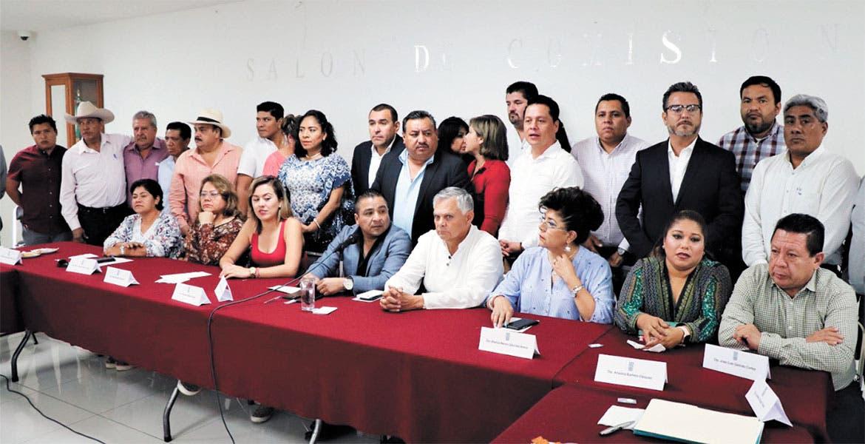 De acuerdo, diputados y alcaldes; ajustarán cobros en 15% en Morelos