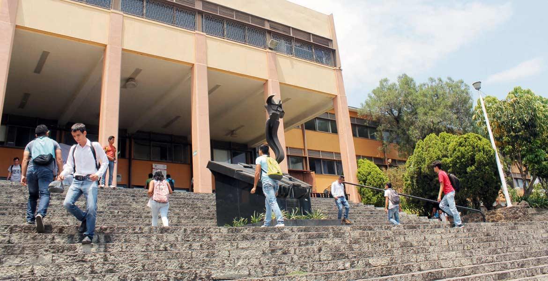 Cancha. Autoridades de la Univesidad Autónoma del Estado está en tiempo de responder las observaciones de la ESAF.