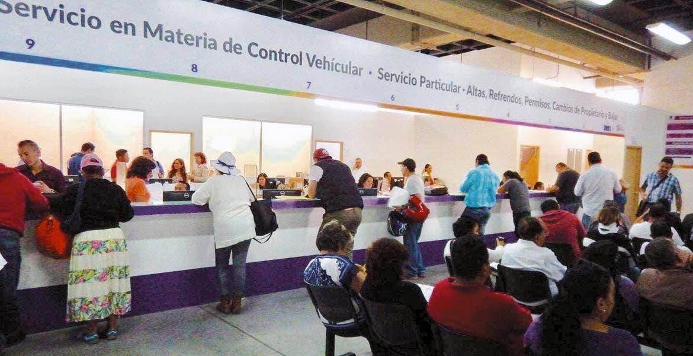 Aumenta demanda en SMyT para pago de refrendo | Diario de