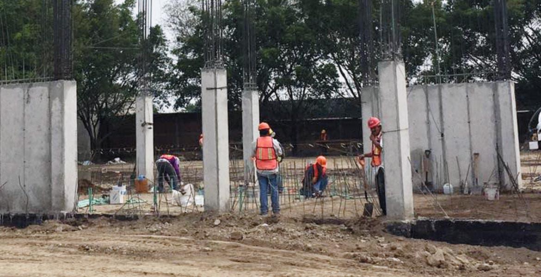 Supervisión. Construcción de segunda etapa de prepa de la UAEM en Cuautla, lleva 35% de avance