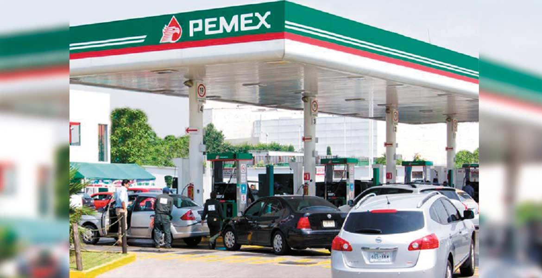 Oriente. Anoche en la estación de combustible de La Joya , en Yautepec, anunciaba los precios de Magna en $15.88 y la Premium en $17.65, tres centavos por debajo del precio en Cuernavaca.