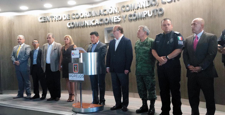 Resultados. El secretario de Gobierno, Matías Quiroz, acompañado por el Gobernador Graco Ramírez y el comisionado de Seguridad, Jesús Alberto Capella, ofreció en el C5 una rueda de prensa donde se dieron a conocer logros en la lucha contra el crimen
